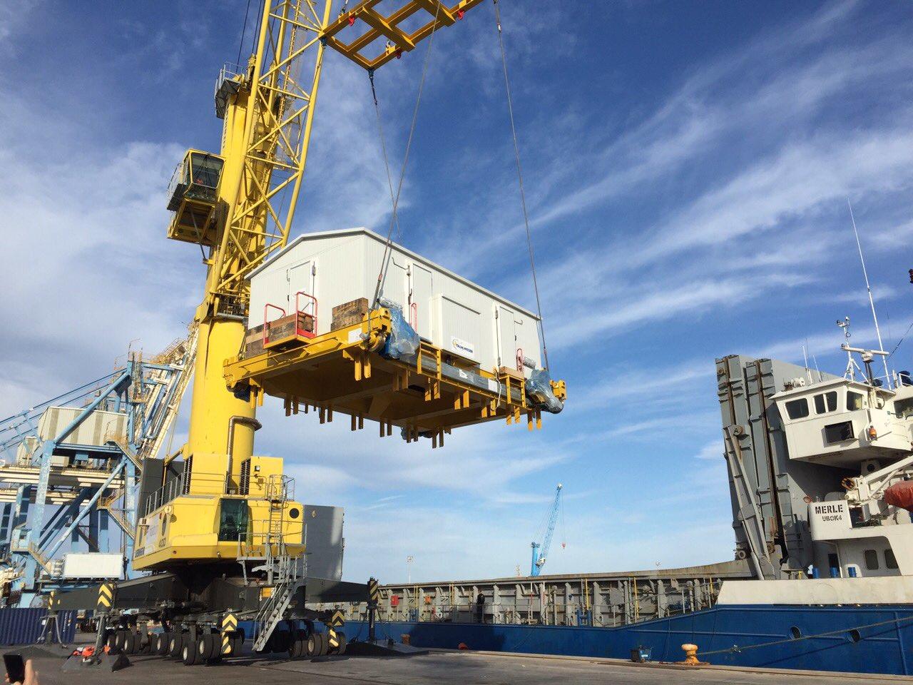 «Мерле» завершил погрузку оборудования в порту Сагунто