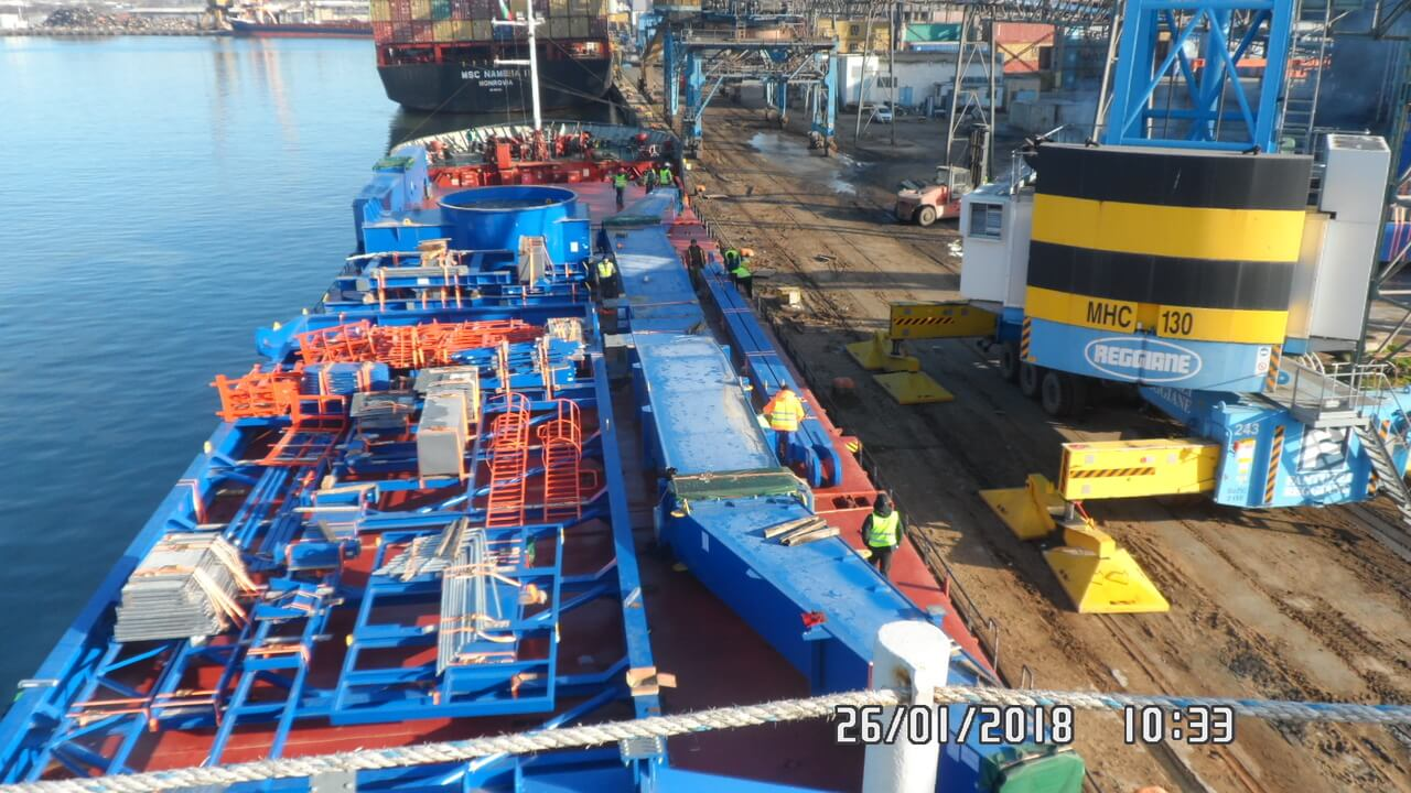 Перевозка портового крана